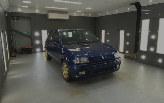 renault clio williams detailing
